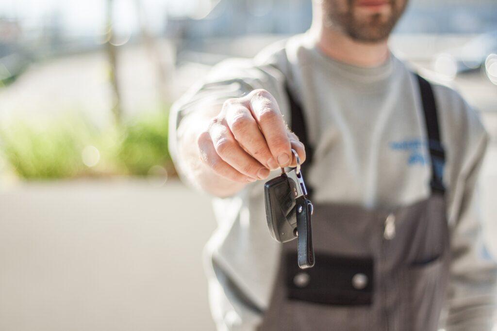 lease or buy car keys